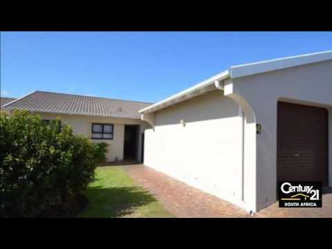 2 Bedroom Simplex For Sale in Bowtie, Plettenberg Bay, Western Cape, South Africa for ZAR 890,000