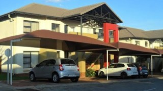2 Bedroom Townhouse For Sale in Gleneagles, Johannesburg, Gauteng, South Africa for ZAR 965,000