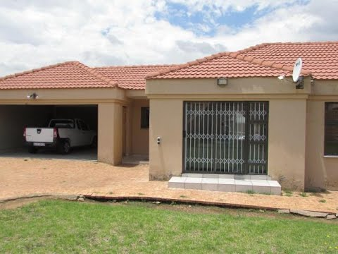 3 Bedroom House For Sale in Liefde En Vrede, Johannesburg, Gauteng, South Africa for ZAR 1,700,000