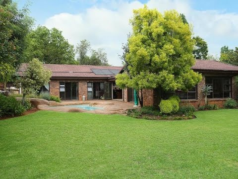 4 Bedroom House For Sale in Boskruin, Randburg, Gauteng, South Africa for ZAR 3,850,000