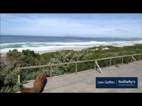 4 Bedroom House For Sale in Keurboomstrand, South Africa for ZAR 10,300,000…