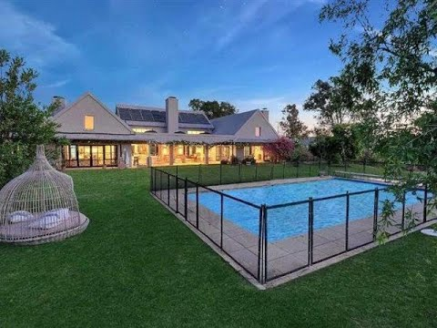 4 Bedroom House For Sale in Waterfall Equestrian Estate, Waterfall, Gauteng, South Africa for ZAR…