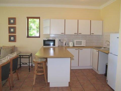 2 Bedroom Flat For Sale in Plettenberg Bay, South Africa for ZAR 850,000