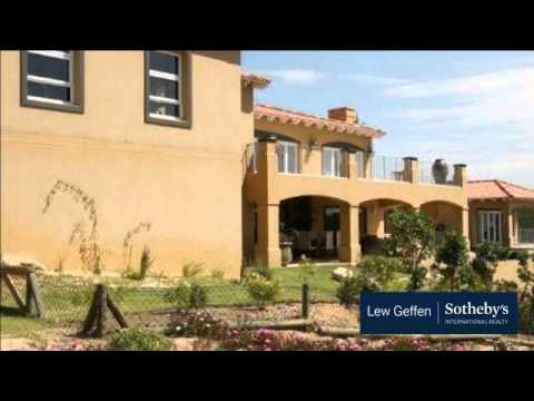 4 Bedroom House For Sale in Plettenberg Bay, South Africa for ZAR 6,000,000