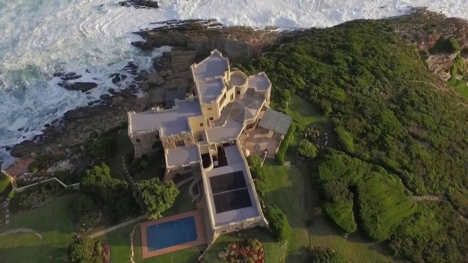 Castle on a Cliff – Plettenberg Bay