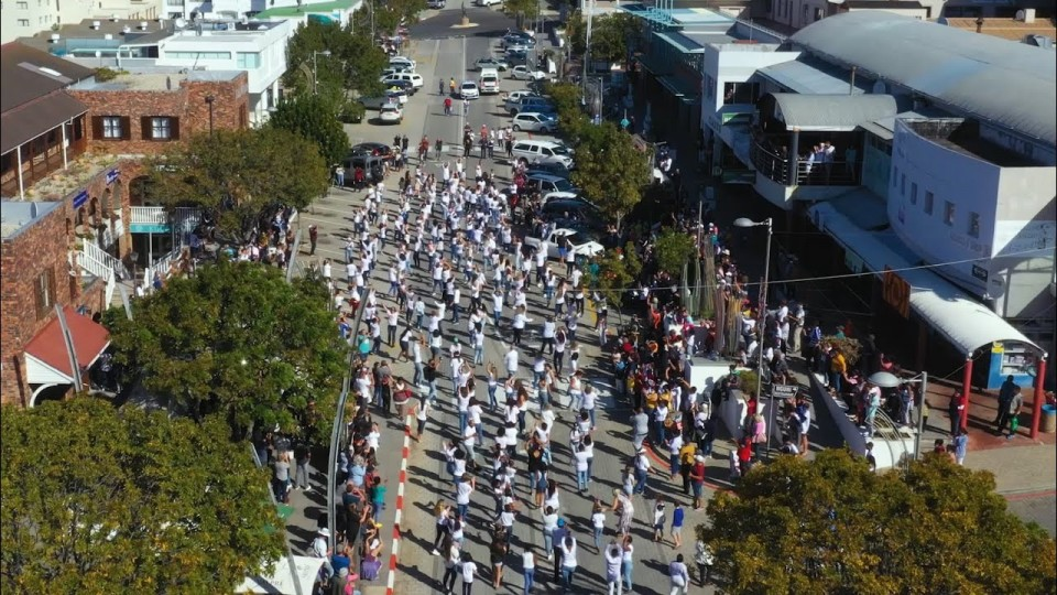 Jerusalema 'World Record' attempt in Plettenberg Bay goes viral